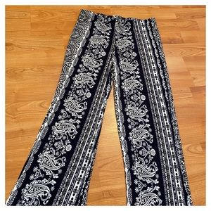 Pants & Jumpsuits - Boho Navy & White Printed Flare Pants